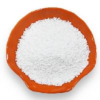 Sodium benzoate particle
